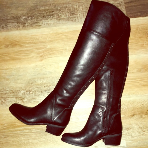 a142227eff1 NWOT Vince Camuto Over-the-Knee Leather Boots Blk.  M 5c4cbdcb194dad40aa148396